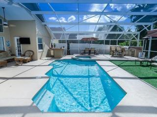 INDIAN CREEK 4 Bed HOME- AMAZING SOUTH FACING POOL/ SPA/GRILL/GAME ROOM, SPECTACULAR -3 miles to DIS - Kissimmee vacation rentals