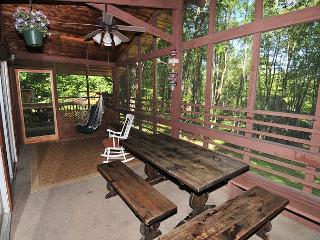 Charismatic 3 Bedroom home with screened in porch & hot tub! - Swanton vacation rentals