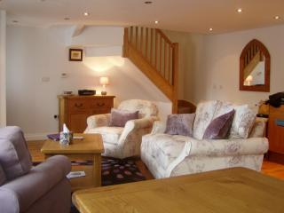 Lovely Cottage with Internet Access and Television - Chittlehampton vacation rentals