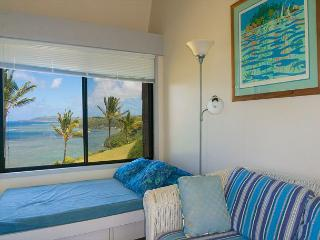 Sealodge E6: oceanfront views all the way to the lighthouse, updated inside - Princeville vacation rentals