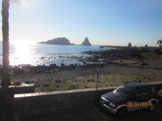 The window to the sea - Acitrezza vacation rentals
