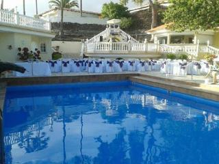 Big Villa with 1 or 2 bedroom apartments - Adeje vacation rentals