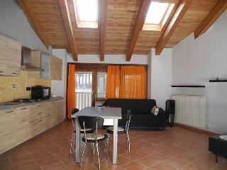 Appartement dans une maison rurale de montagne - Gravere vacation rentals
