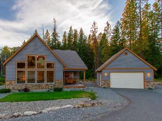 *Free Nights* Fantastic Newer Cabin in Roslyn Ridge!  3BR | Hot Tub | WiFi - Cle Elum vacation rentals