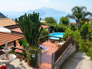 Villa Campanella con Piscina Privata - Massa Lubrense vacation rentals