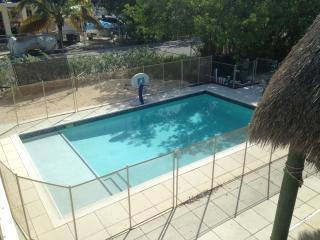 Florida Keys Tavernier Canal Front House - Tavernier vacation rentals