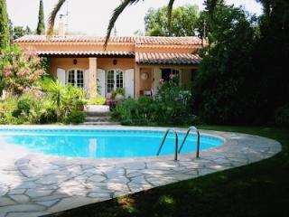 Charming Villa Les Lezards -Frejus-Saint-Raphael - frejus vacation rentals