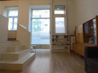 Central Stylish Apartment in Friedrichshain/Mitte, - Berlin vacation rentals