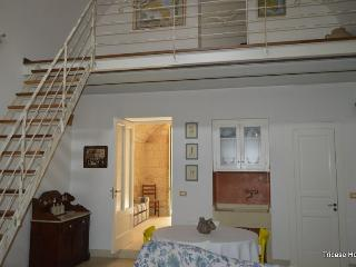 Beautiful 1 bedroom Tricase House with Internet Access - Tricase vacation rentals