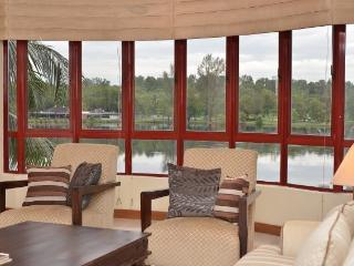 Lake View Condo - Subang Jaya, Selangor, Malaysia - Subang Jaya vacation rentals