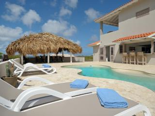 VILLA AZURE BONAIRE. new luxurious & private - Kralendijk vacation rentals