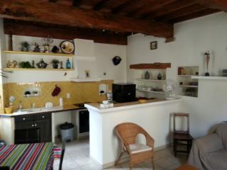 La Maison près de la Fontaine - Cabasse vacation rentals