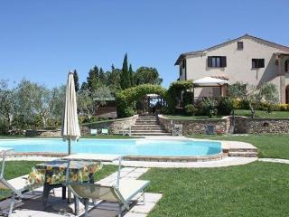 Agriturismo il Girasole - Camera Panorama - San Gimignano vacation rentals