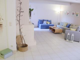 Cozy 2 bedroom Vacation Rental in Heraklion - Heraklion vacation rentals