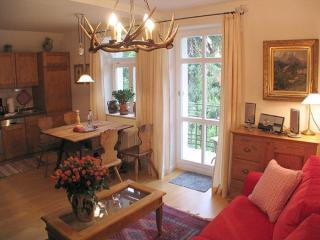 LLAG Luxury Vacation Apartment in Füssen - 637 sqft, idyllic location, close to center (# 234) - Farchant vacation rentals