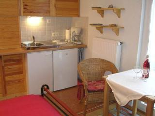 Vacation Apartment in Kirn-Sulzbach - 290 sqft, nice, clean (# 344) - Kirn vacation rentals