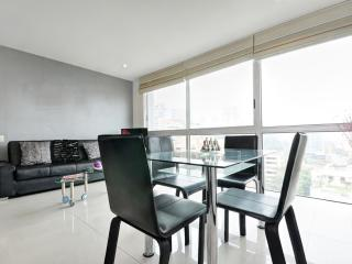 Colorful One Bedroom Apartment in Oviedo - Colombia vacation rentals