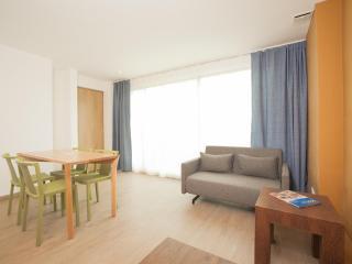 Cozy Loft With 2 Beds In Santa Barbara - Bogota vacation rentals