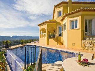 4 bedroom Villa in Javea, Alicante, Costa Blanca, Spain : ref 2127095 - Javea vacation rentals