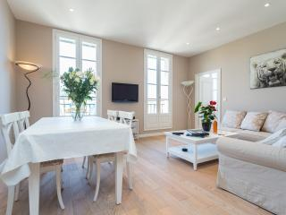 JEAN JAURES - Superb flat w/AC 2min walk to beach - Nice vacation rentals