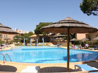 Jitterbug Apartment, Santa Eulalia, Albufeira - Albufeira vacation rentals