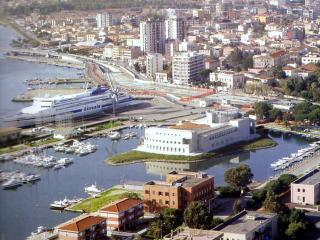 Renovated apartment near Olbia city center   Bilocale ristrutturato Olbia vicino centro storico - Olbia vacation rentals
