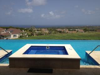 Beautiful, 2 Bedroom, Pool Side Apartment - Mullins vacation rentals