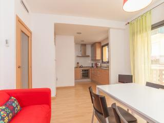 Comfortable, Bright and Modern Apartment in Gracia - Barcelona vacation rentals