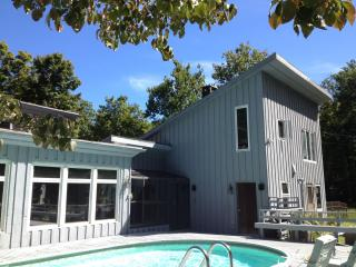 Woodstock-Pool, Hot Tub, Stream; 7 Acres; Hike&Ski - Woodstock vacation rentals