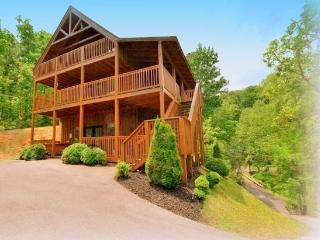 3 master suites Mountain View Gameroom Honey Bear - Gatlinburg vacation rentals