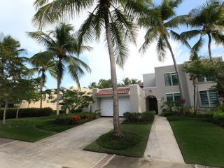 Luxurious Community Villa, Private Beach - Dorado vacation rentals