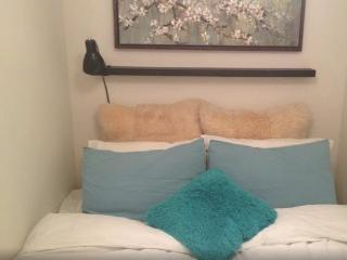 Room for rent in Heart of Chelsea NY - New York City vacation rentals