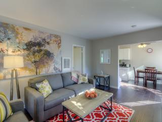 LAD6 - Remodelled close to the beach - Los Angeles vacation rentals