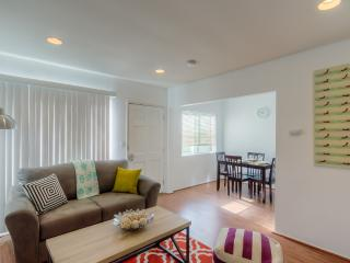 LAD7 - 1 Bedroom close to the beach - Los Angeles vacation rentals