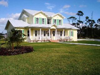 Wonderful House with Internet Access and A/C - Lucaya vacation rentals
