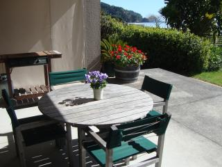 Beachfront Bliss Bed &Breakfast, West End, Ohope - Ohope vacation rentals
