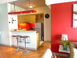 Cozy Rockwell Manansala 1br Flat - Makati vacation rentals