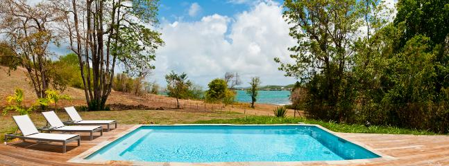 Luxury villas, 4 AC BR, private pool, 100m from the sea - Le Francois vacation rentals