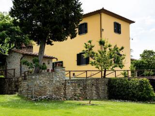 Casale il Granaio - San Pietro a Cegliolo vacation rentals