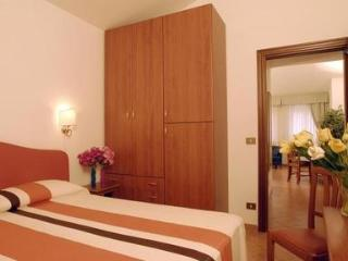 2 bedroom Borromini apartment in Rome - Rome vacation rentals