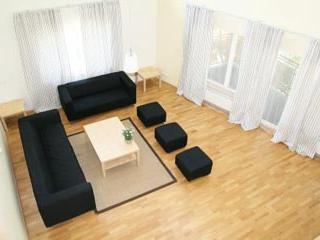 Bright 4 bedroom apartment with indoor balcony - 188 - Image 1 - Tallinn - rentals