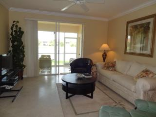 """Huntington Lakes"" condo - - Naples vacation rentals"