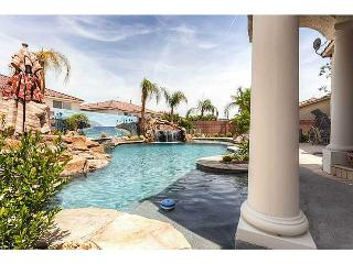 50,000 Gallon Pool, Theater & More! - Las Vegas vacation rentals