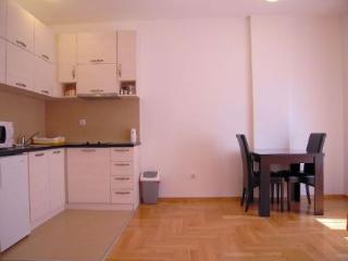 Rent a flat in Podgorica, rent an apartment - Podgorica vacation rentals