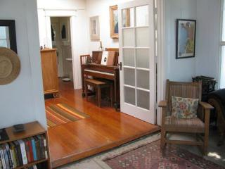 WRITER'S 2BDR VENICE CRAFTSMAN HOME - Los Angeles vacation rentals
