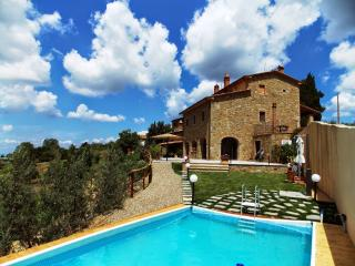Nice House with Internet Access and Central Heating - Civitella in Val di Chiana vacation rentals