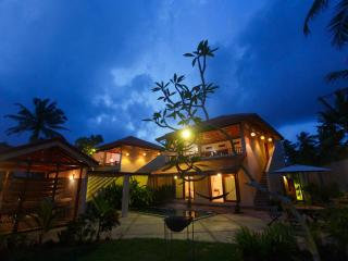 Luxury Surf Villa - Overlooking Rams surf break! - Southern Province vacation rentals