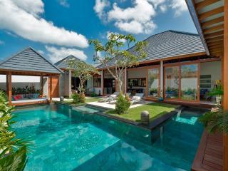 Villa Sanook, Stunning 4 BR Villa in Seminyak - Seminyak vacation rentals