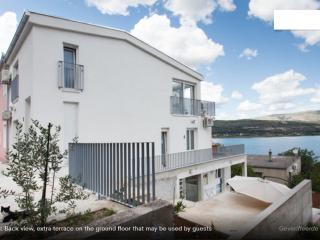 Villa Neri_Amazing view apartment near Trogir - Mastrinka vacation rentals