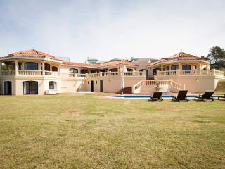 Breath-taking Oceanfront 4 Bedroom Home in José Ignacio - Manantiales vacation rentals